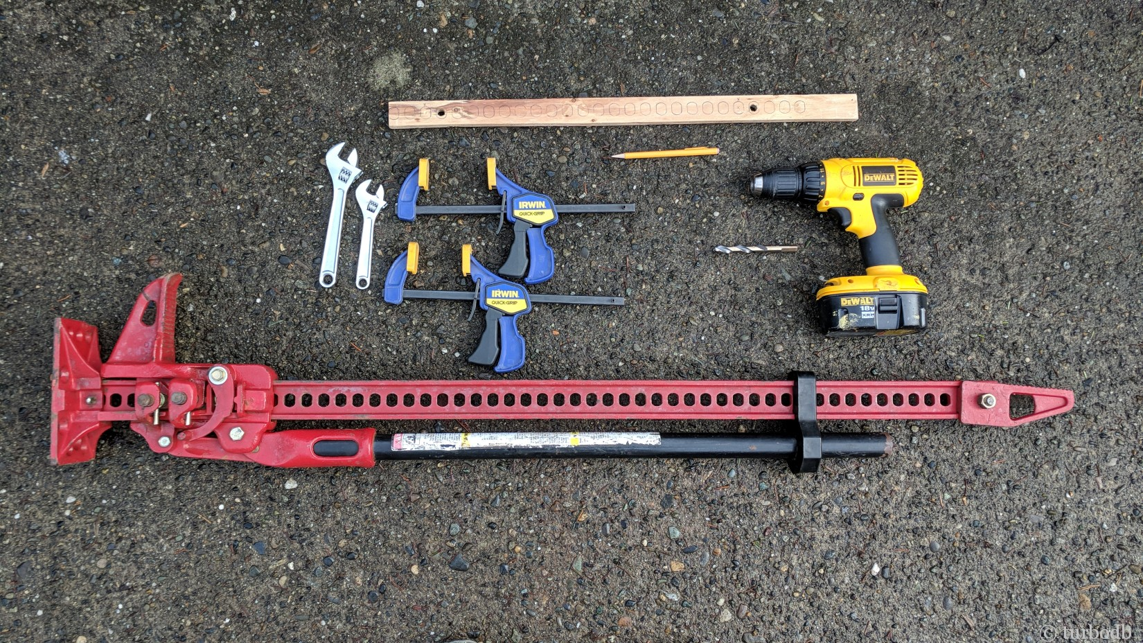 Tools for installation of the Hi-Lift mount.